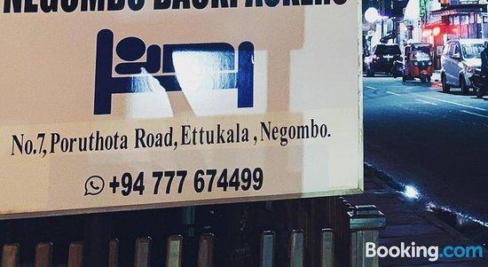 Negombo Backpackers
