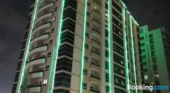 Boulevard City Suites Hotel Apartments
