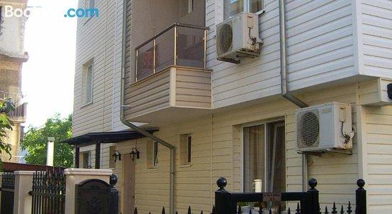 Vlasta Guest House