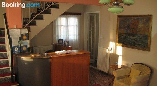 Alexandros Rooms