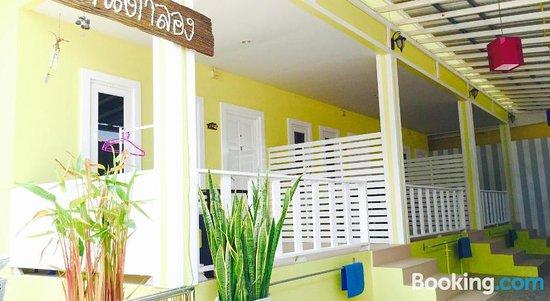 Baan Ta Long Beach