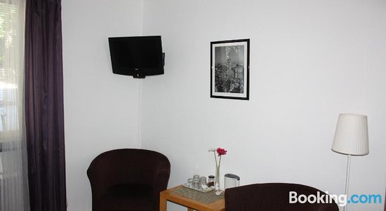 Photo of the whole room