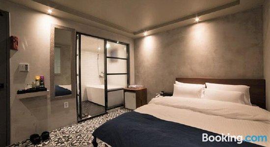 MW Hotel