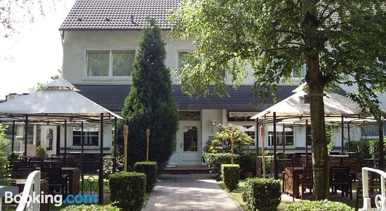 Hotel am Stadion, Hotels in Moers