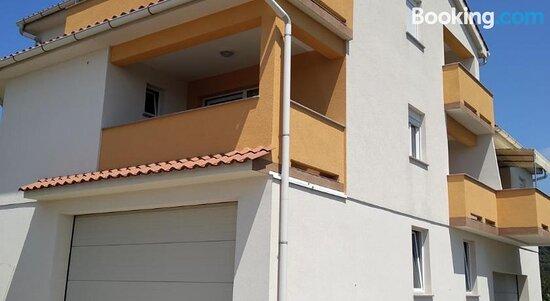 Apartments Palit