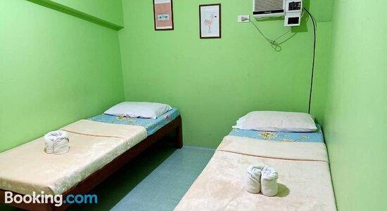 Commune Hostel
