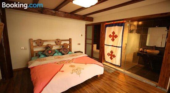 Shangri-La Fanshe Inn