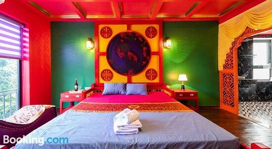 Zen Shunga Hotel