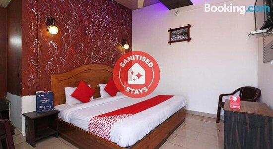 OYO 74274 Hotel Meridian Grand