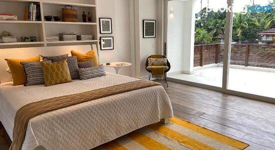 Tropical Contemporary Suites