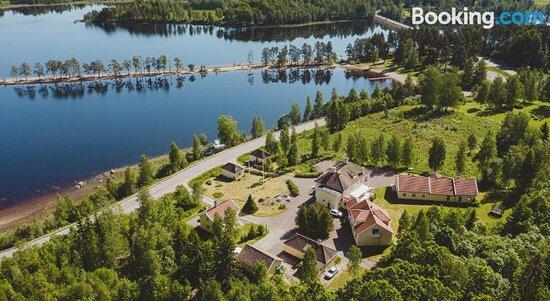 Trollnäs Hotell & Vandrarhem