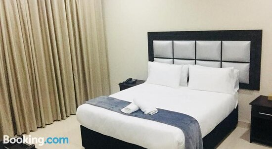 Al Hamra Hotel-Bazley, Hotels in Berea