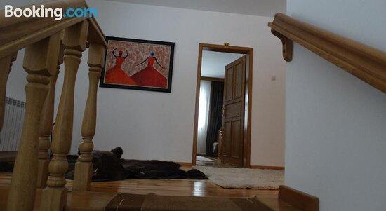 Lovna Rezidentsiya Karkariya