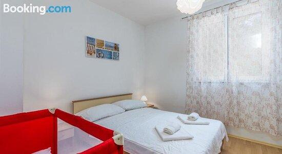 Apartments Miokovic