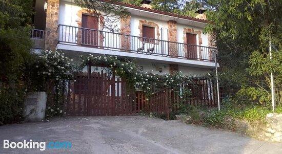 Apartamentos EL Manantial. Burunchel