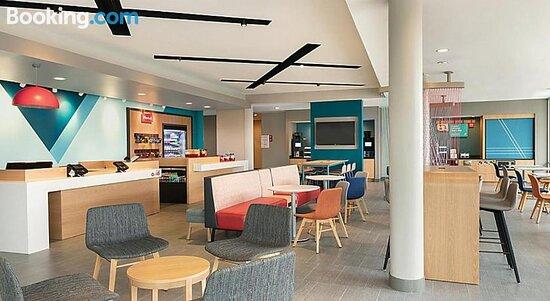Avid Hotels Summerville