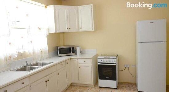 Bascombe Apartments