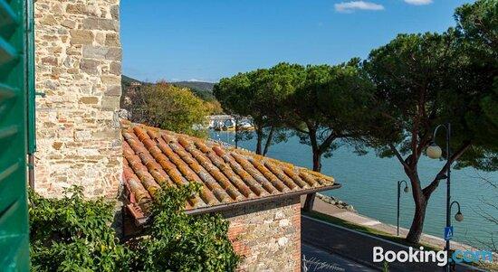 Tramonto Sul Lago, Hotels in Passignano Sul Trasimeno