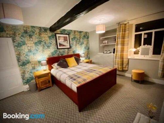 The Lodge Inn