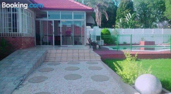 Derrick Guest House