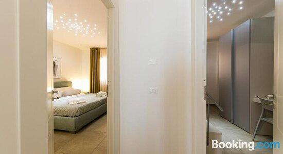 Rentopolis Sunset Luxury Apartments