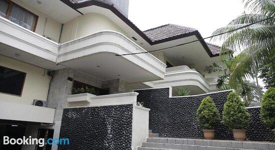 Sinabung Apartments