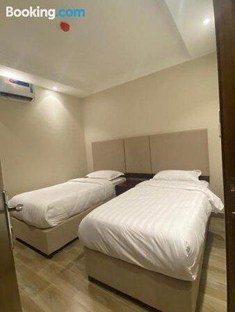 Royal Hotel Suites