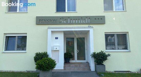 Schmidt Pension
