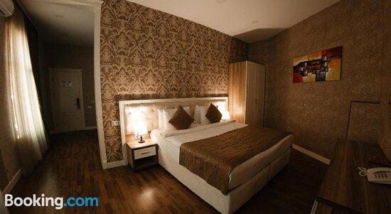Villa Inn Hotel