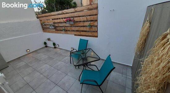 Apartments Zaranis