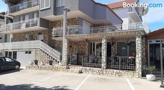Apartments Bonic