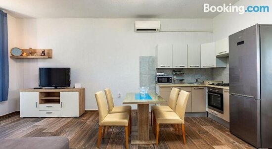 Apartments Smaila 54