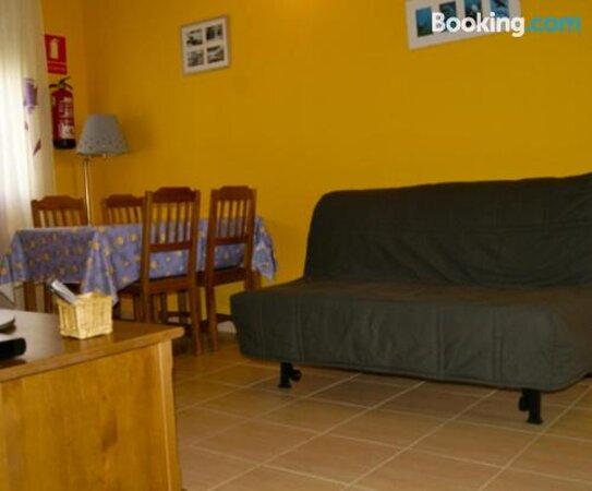 Apartamentos El Castanar