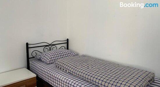 La- Apartment