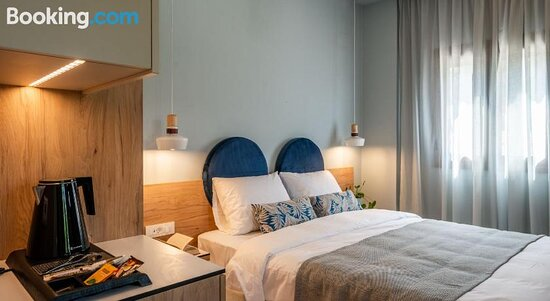 Pictures of Areti's Apartments & Restaurant - Syvota Photos - Tripadvisor