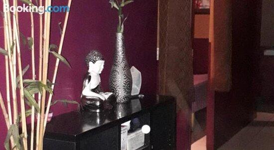Foto de Jb's RestoBar and Tourist Inn, Luzón: Bedroom - Tripadvisor