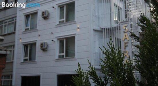 Facade/entrance - Εικόνα του Hotel Safran, Κωνσταντινούπολη - Tripadvisor