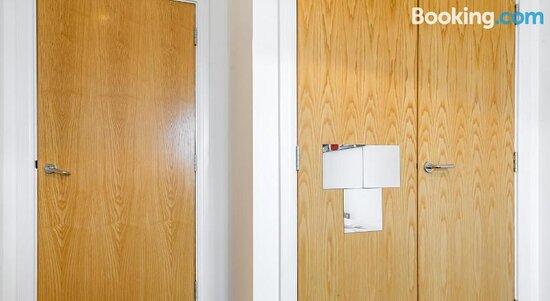 Bed - Excel Waterfront Apartments, Londra Resmi - Tripadvisor