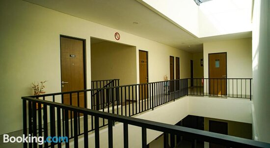 Pictures of Sans Hotel Box Mansion Surabaya - Surabaya Photos - Tripadvisor