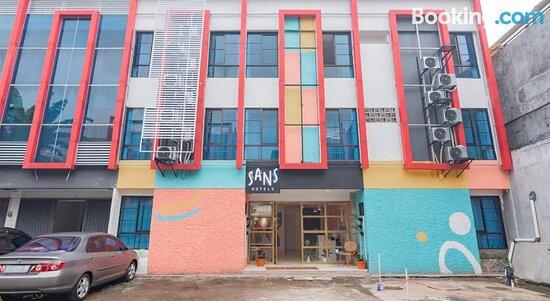 Pictures of Sans Hotel Andalucia Pasteur Bandung - Bandung Photos - Tripadvisor