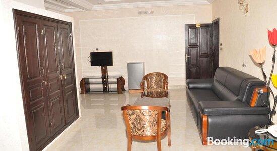 Facade/entrance - Ảnh của Diamond Hotel, Cotonou - Tripadvisor