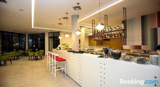Living room – Foto de Hotel Regina Garden, Vlorë - Tripadvisor
