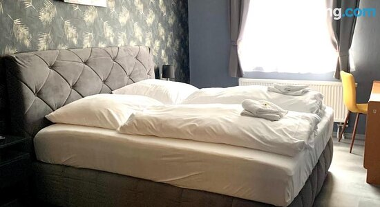 Lounge or bar - SarstedtDua Hotel的圖片 - Tripadvisor