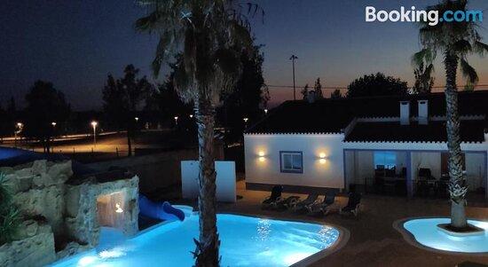 Tripadvisor - Swimming pool - תמונה של Casa Almeida, Vimieiro