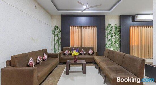 Fotos de OYO 72317 C S Grand Palace – Fotos do Ooty (Udhagamandalam) - Tripadvisor