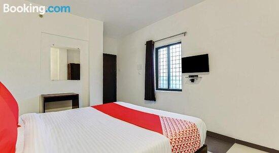 Pictures of OYO 79916 Flagship Hotel Orient Eleven - Nagpur Photos - Tripadvisor