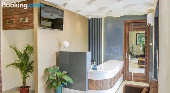 Снимки Collection O 77151 Hotel Royal Crystal – Бхубанешвар фотографии - Tripadvisor