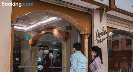 Foto's van Royal Hotel – foto's Machala - Tripadvisor