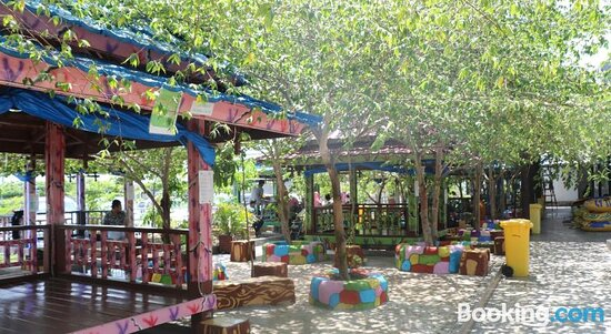 Bilder von Resort Wisata Pantai Topejawa – Fotos von Topejawa - Tripadvisor