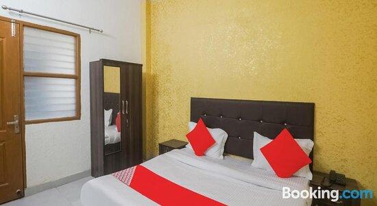 OYO FAR338 Hotel Diamond Stay Resimleri - Faridabad Fotoğrafları - Tripadvisor